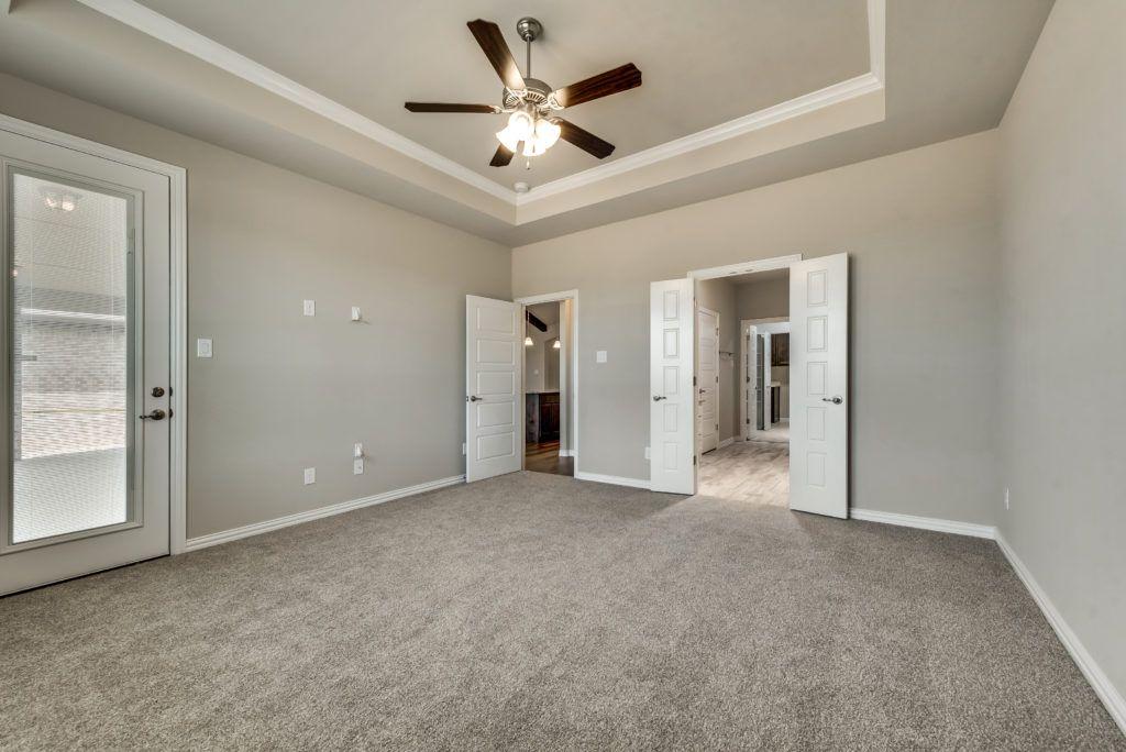 4010 viento master bedroom with bathroom open